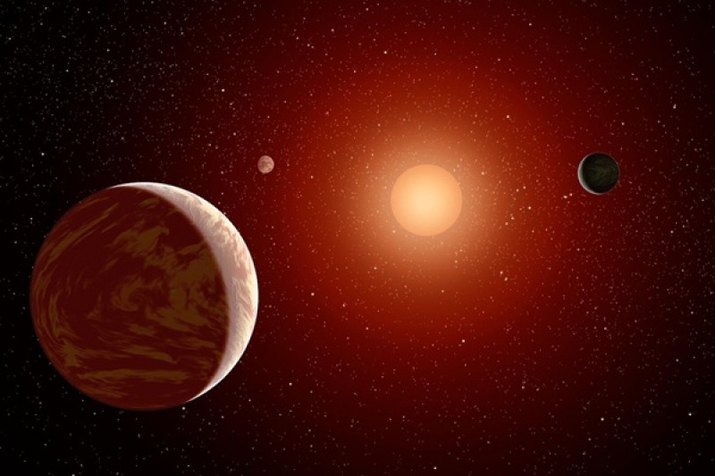 Weirdly giant planet found around tiny star defies expectations