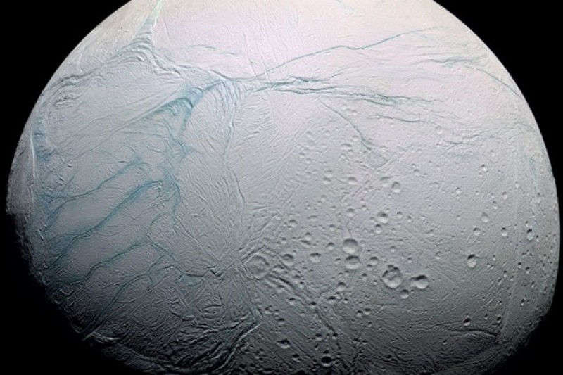 How the icy moon Enceladus got 'tiger stripes' at its south pole