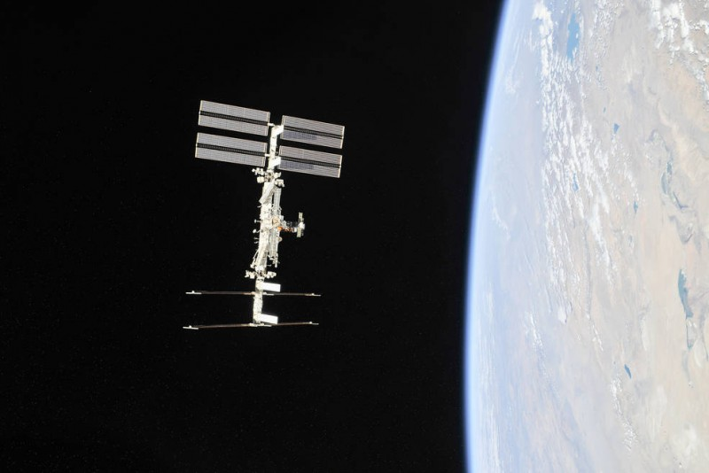 NASA, Axiom Agree to First Private Astronaut Mission on Space Station