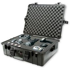 Pelican 1600 Case w/Foam (Black)